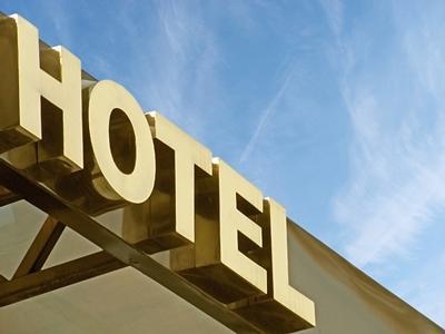 sanzionatpo un hotel che conservava i dati personali dei clienti per troppi anni: sanzionato