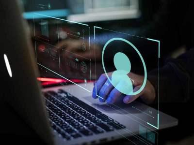 Con i dark patterns i social ed altri siti web persuadono gli utenti a rinunciare alla loro privacy